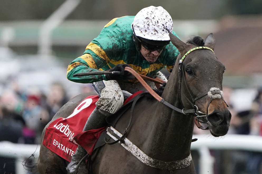 Christmas Hurdle Tips: Epatante is a warm order to bag Boxing Day glory once again.