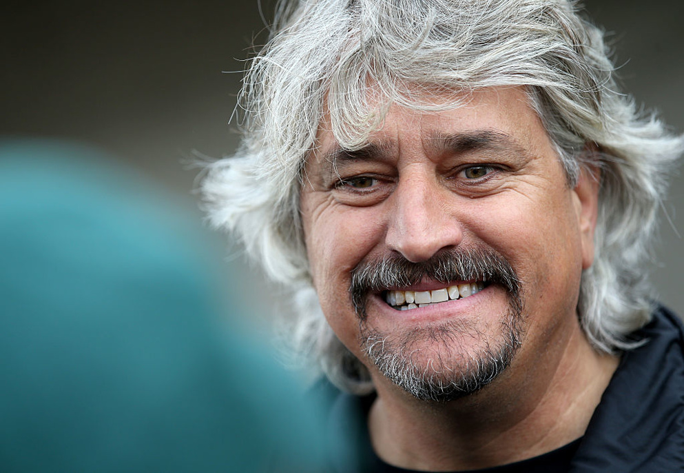 Will Steve Asmussen point Midnight Bisou to the Distaff or Classic?